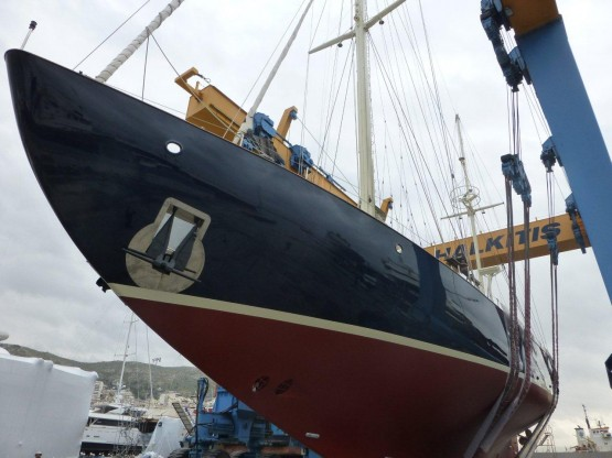 33,5 m Twin screw auxiliary ketch with down wind rig
